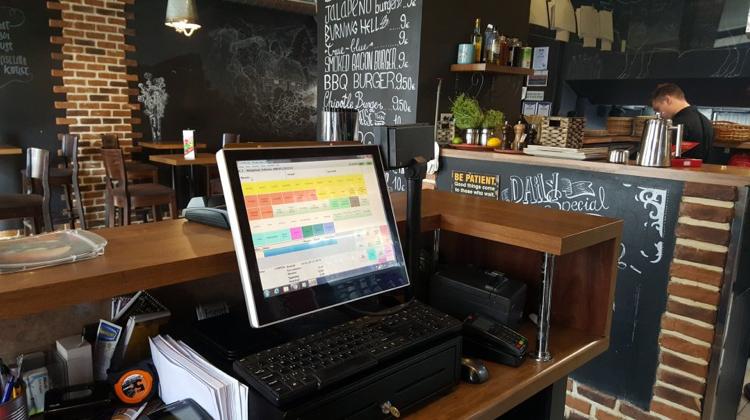 1500 restaurants EDI-enabled